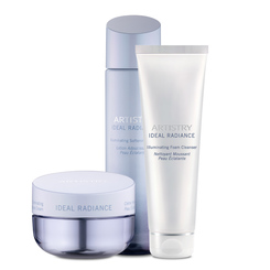 ARTISTRY® Signature Solutions Ideal Radiance Moisture Cream Regime Pack